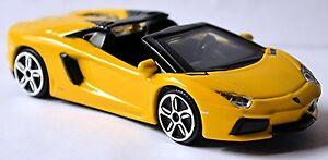 Lamborghini-Aventador-LP700-4-Roadster-2011-17-JAUNE-JAUNE-1-43-Bburago