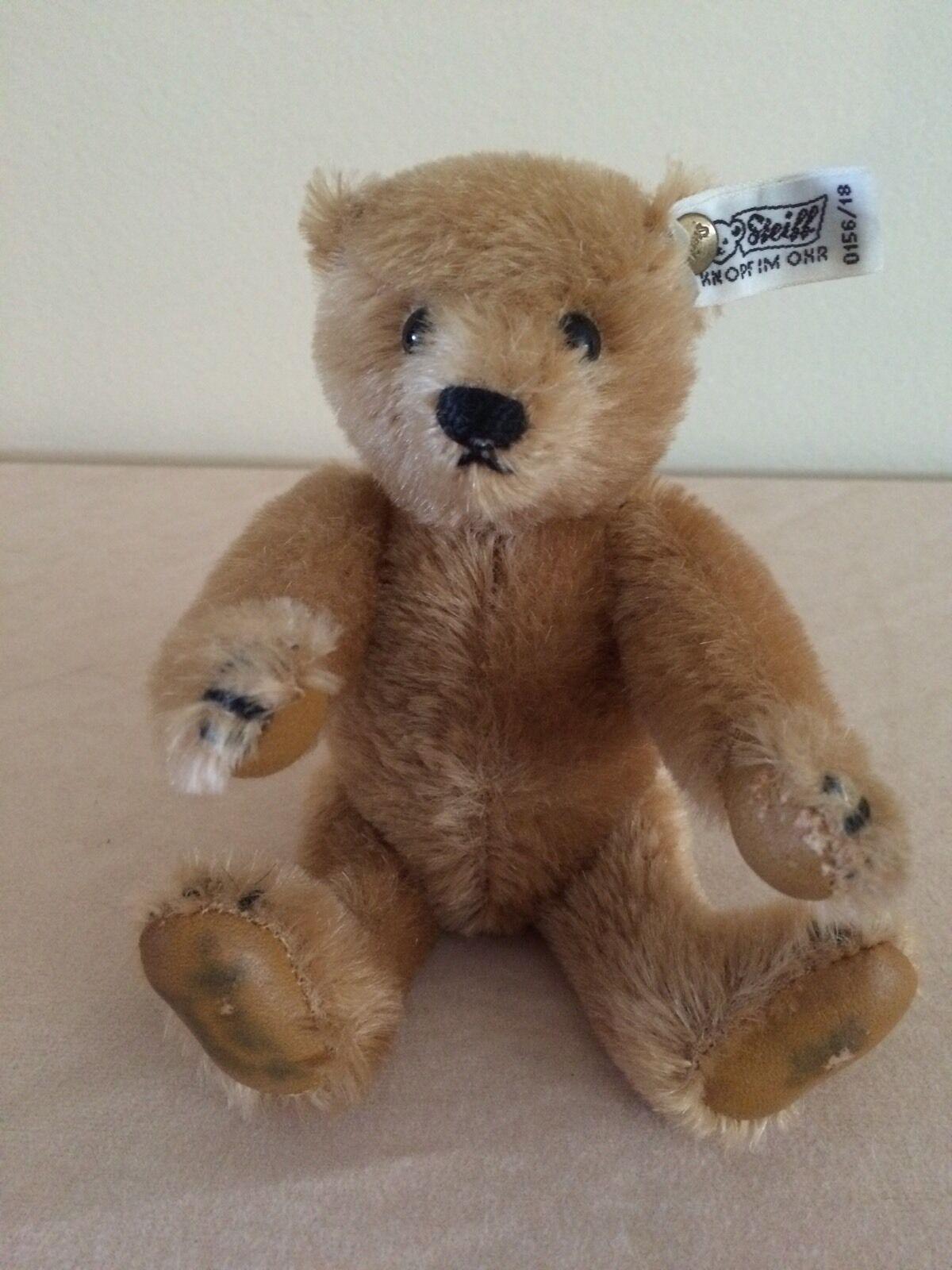 Steiff - Margaret Strong Cinnamon Mohair Teddy Bear With Pelle Paws 18cm