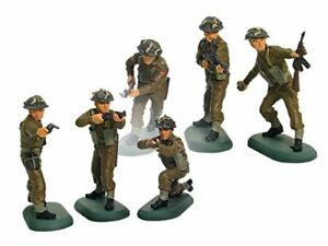 BRITAINS-SUPER-DEETAIL-WWII-British-Infantry-6-Painted-Plastic-Figures-FREE-SHIP
