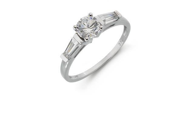 9ct Solid White gold Cubic Zirconia Baguette Shoulder Ring RRP .99