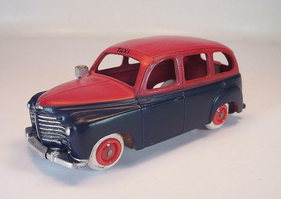 CIJ 1 43 no. 3 45 RENAULT PRAIRIE TAXI bleu rouge 1950 Comme neuf condition  6627