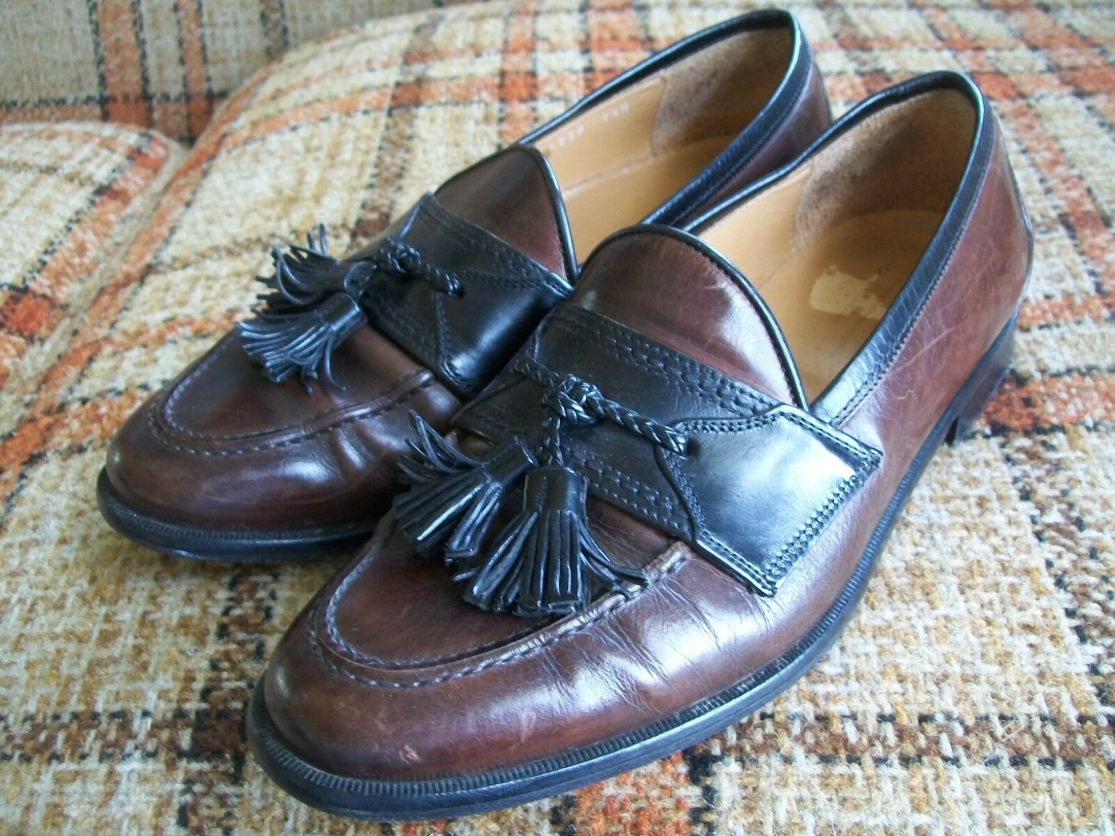 Johnson & Murphy Mens 7.5M Black Brown Tassel Loafers Made In Italy