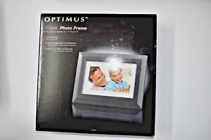 Digital-Photo-Frame-With-High-Resolution-LCD