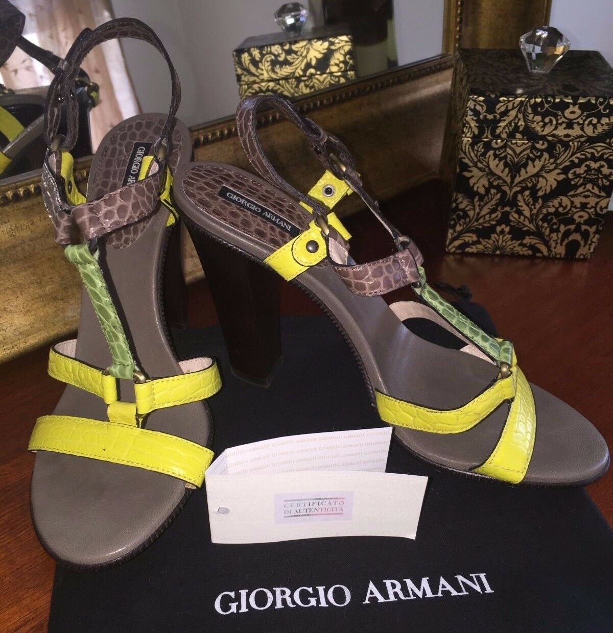 Like New Giorgio Armani Leather Sandals Heels schuhe Größe EU 38