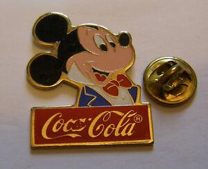 DISNEY-COCA-COLA-MICKEY-MOUSE-vintage-pin-badge