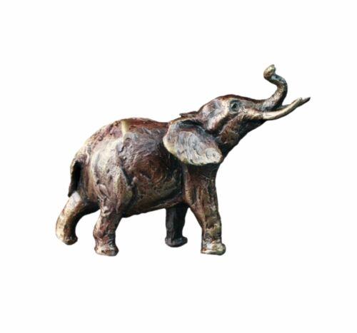 Elephant Trunk Up Butler /& Peach 2037 Wildlife Bronze Miniature Sculptures