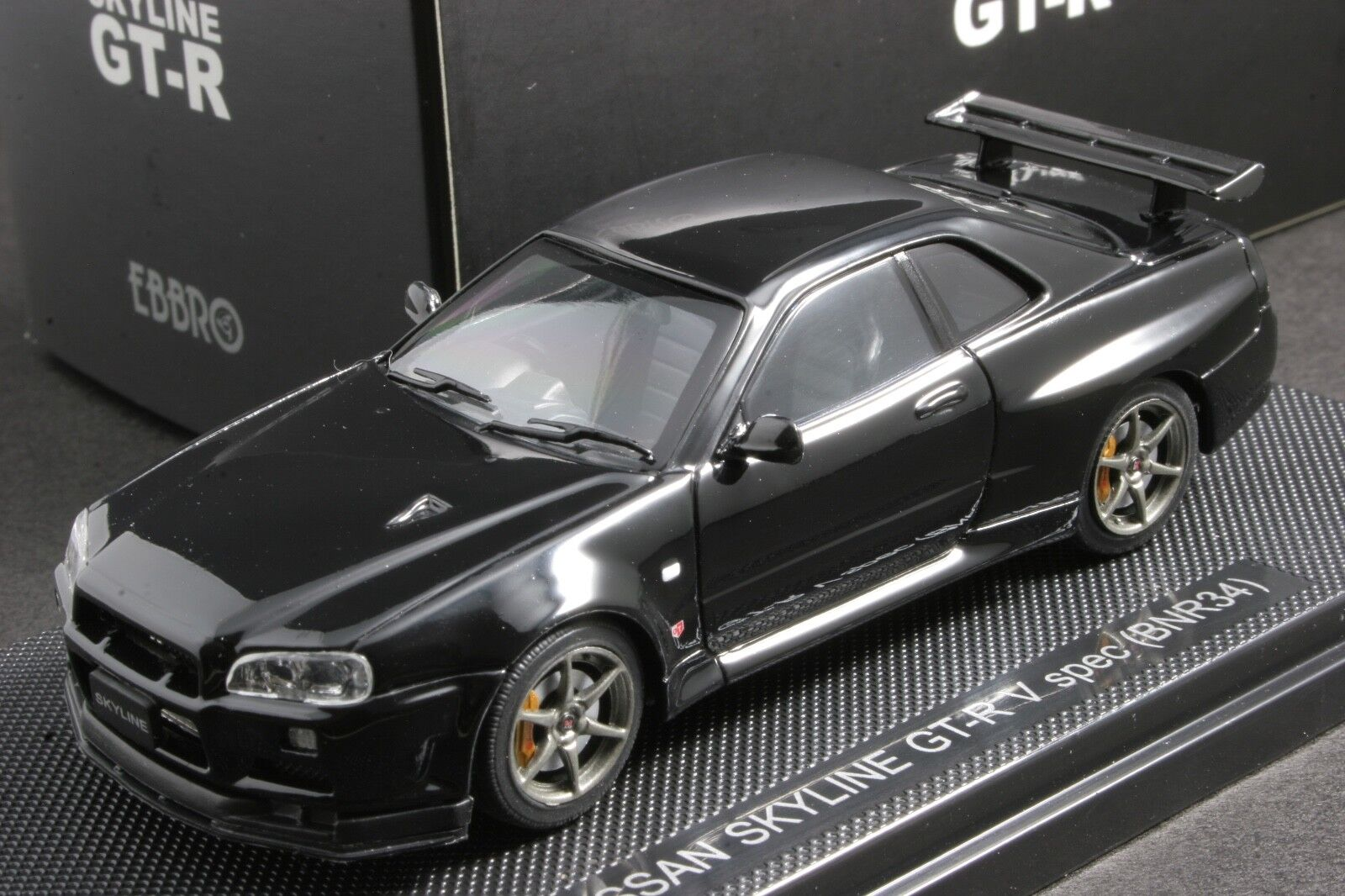 1 43 Hpi Resin Model Nissan Skyline Gt R R34 V Spec Ii Nur Millennium Jade New For Sale Online Ebay