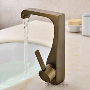 Antique Brass Bathroom Basin Water Faucet Single Handle Hole Sink