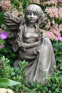 Fee-Elfe-by-fiona-scott-gartendeko-steinfigur-vidroflor-bluebell-violet-Engel