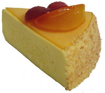 Attrappe Käsetortenstück - künstliche Torte -  Kuchen - Dekoration