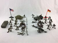 2 Plastic Army Men Guys Toy Soldier Playset Tank Jeep Artillery Fences 38 Piece