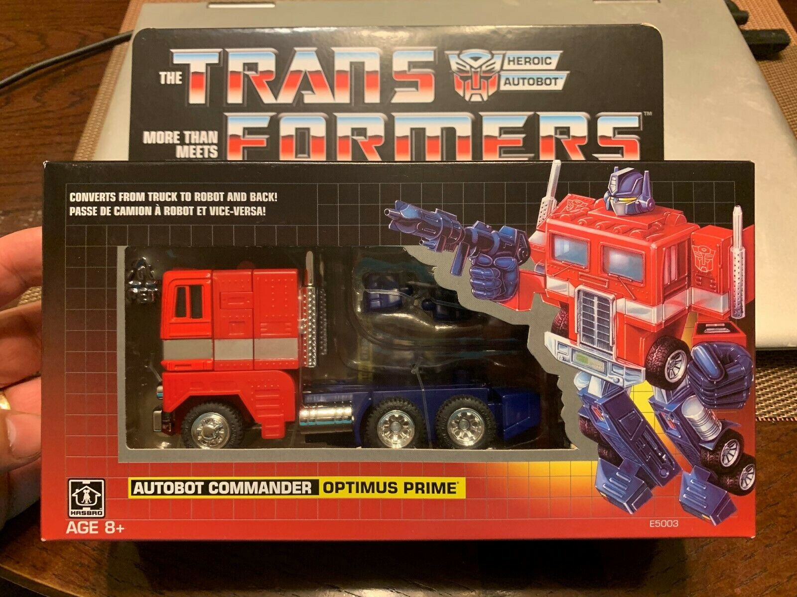 Transformers Commander Optimus Prime - G1 Walmart Exclusive, 2018 LQQK NEW