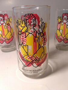 1970-McDonald-039-s-collector-series-4-Character-Glass-Ronald-McDonald-1-misprint