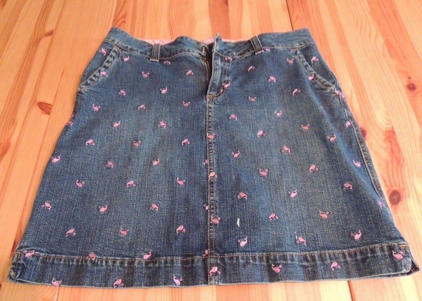 Lilly Pulitzer PINK WHALE blueE DENIM JEAN SKIRT Size 6 Embroidered Cotton Knee