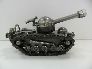 Metal-Tank-Sculpture-Made-From-Recycled-Metal