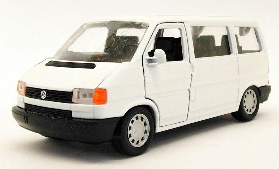 Schabak 1 43 Scale 26918A - VW Caravelle - White