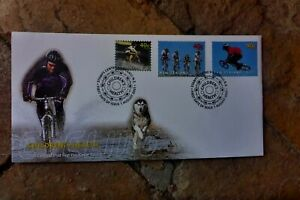 2001-CHILDRENS-HEALTH-NEW-ZEALAND-CYCLING-STAMPS-SET-3-FIRST-DAY-COVER
