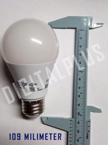 Lot Of 8 Maxlite 9w LED Bulb 60 watt replace A19 Daylight 5000K LED Light 60w