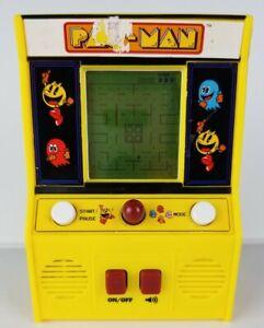 Pac-Man-Miniature-Video-Arcade-Game-Handheld-Bandai-Namco-Mini-Retro-Gift-VTG