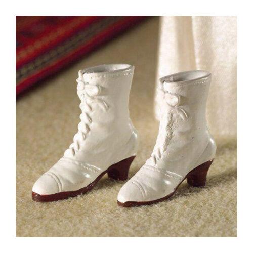 # Dolls House 4346 Femmes-Bottes blanc 1:12 pour maison de poupée NOUVEAU