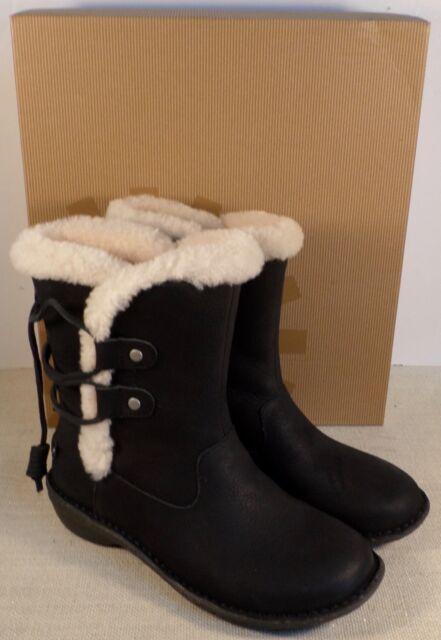 UGG Australia 1007760 Womens Akadia Black Leather BOOTS Shoes US 6 EUR 37 NWB