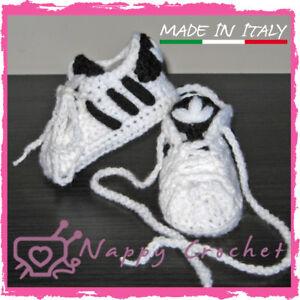 Scarpine Neonato A Uncinetto Bimbi Sportive Stile Adidas Bianche