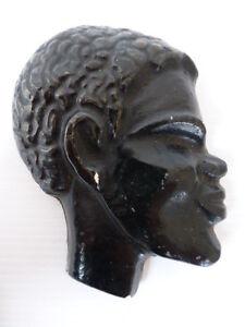 statue africaine murale
