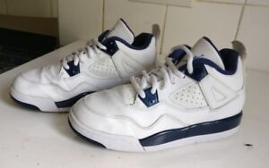 sale retailer 64e73 df079 Details about NIKE AIR JORDAN RETRO IV 4 OREO WHITE BLUE KID TRAINERS SHOES  SIZE UK 13.5 EU 32