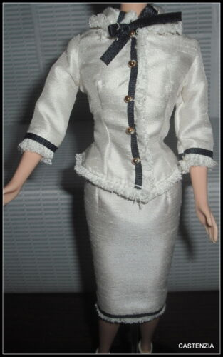 OUTFIT  BARBIE DOLL CITY SEASONS SPRING IN TOKYO CREAM  SUIT TOP SKIRT BOTTOM