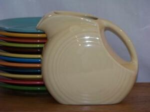 Fiesta-IVORY-Post-86-Small-JUICE-DISK-Pitcher-Discontinued-Item