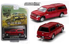 1:64 GreenLight *RED* 2014 DODGE RAM 1500 TRUCK w/Topper & TOW HITCH *NIP!*
