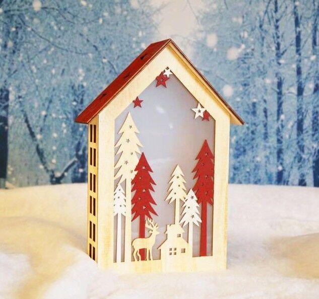Deko Holzhaus natur rot beleuchtet Weihnachtsdeko Tischdekoration Fensterdeko   Günstig
