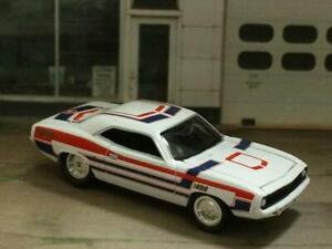 1970-70-PLYMOUTH-HEMI-CUDA-V-8-MUSCLE-CAR-1-64-SCALE-LIMITED-EDITION-J19