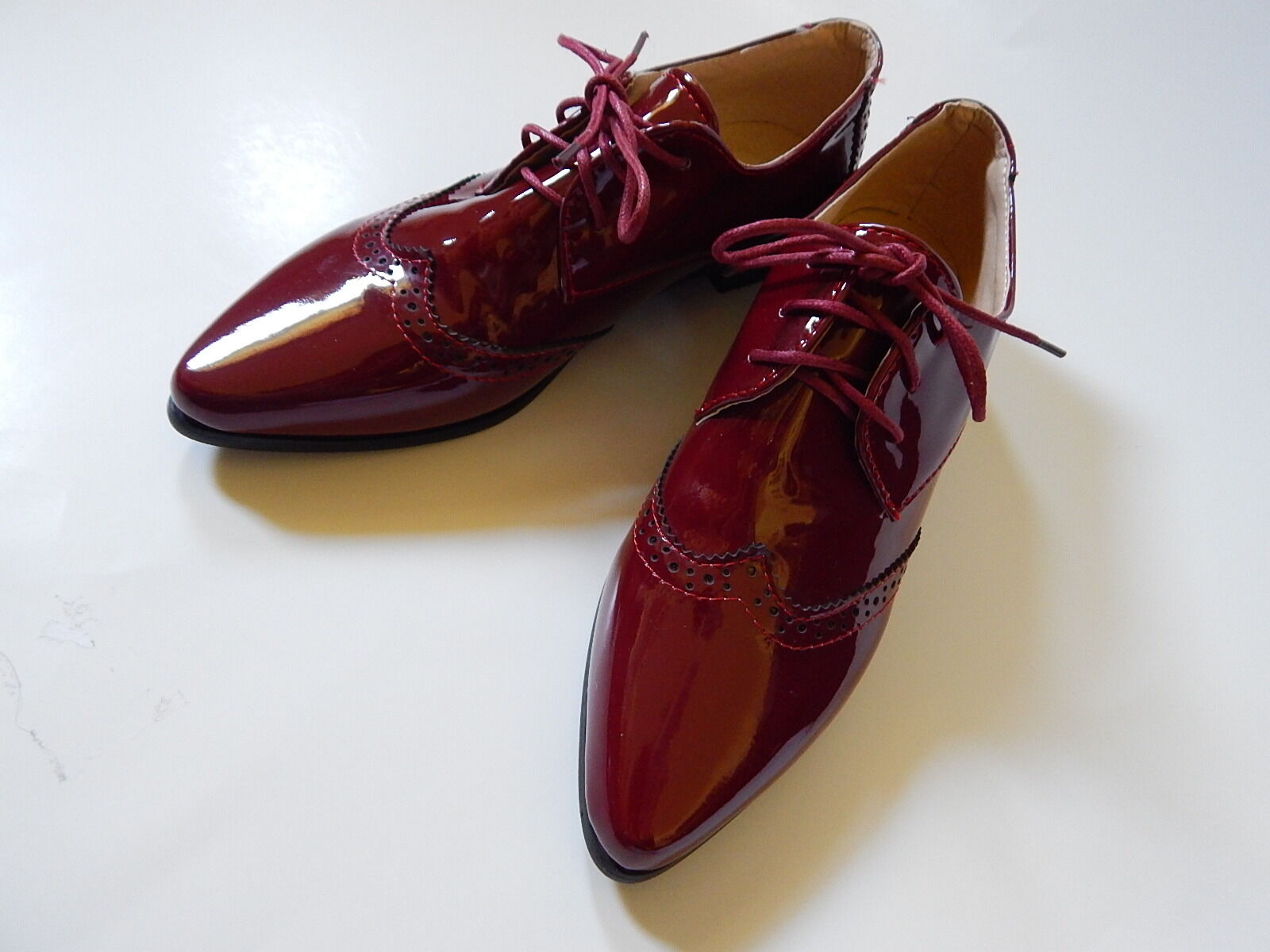 Vero Cuoio Mens Euro Size 39 US Size 8 Maroon Red Wingtips shoes