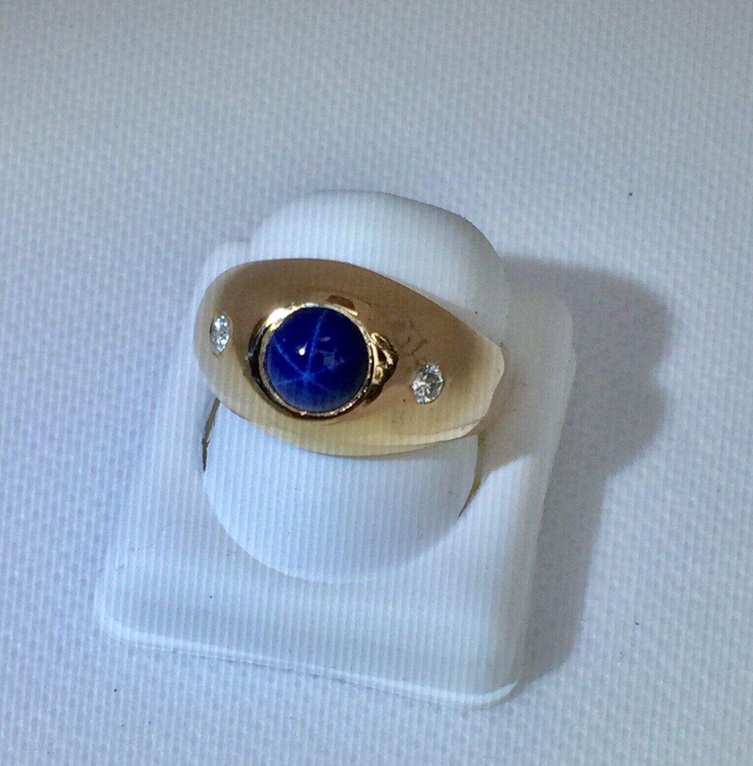 Classic 14k Yellow gold Star Sapphire Diamond Accents Men's Ring Estate  J 30