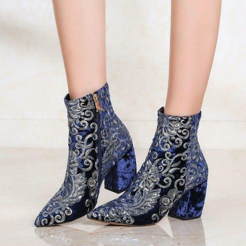 Women's Embroidery Floral pointy toe Ankle Boots High Block Heel Side Zip shoes