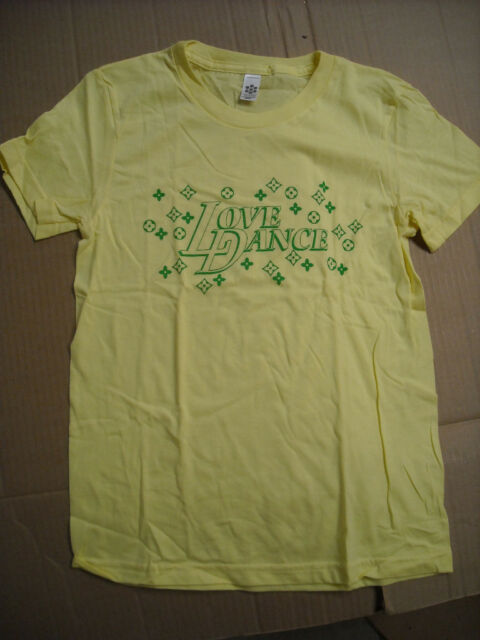 NWT BE THE BUN Dance T shirt Its Been Broughten ch//adult sizes kelly RUNS SMALL