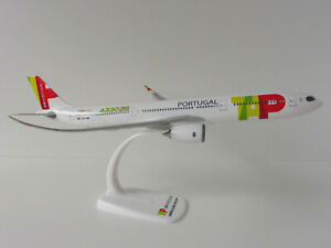 Tap-air-portugal-airbus-a330-900neo-1-200-Herpa-612494-snap-fit-a330-a-330-neo