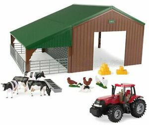 BRITAINS 1/32 CASE-IH   OPTUM 305 TRACTOR WITH ANIMALS AND FARM BUILDING - DI...