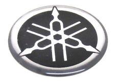 Original Yamaha Aufkleber Sticker Emblem Rund Chrom Schwarz (D = 28mm) #70
