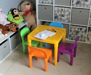 Tavoli E Sedie Per Bambini In Plastica.Table And Chairs Set Large Childrens Plastic Kids Toddlers Childs