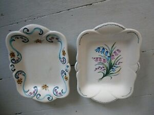 AXE-VALLEY-POTTERY-VINTAGE-BEAUTIFUL-HAND-PAINTED-DISPLAY-PLATES-PLATTERS-X-2