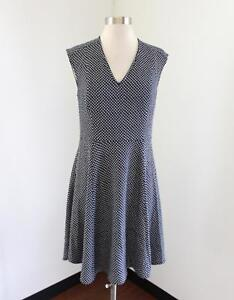 Ann Taylor Cute Navy Blue White Polka Dot Fit And Flare
