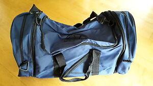 Maui Wowie Reisetasche / Sporttasche blau-schwarz *** TOP - Deutschland - Maui Wowie Reisetasche / Sporttasche blau-schwarz *** TOP - Deutschland