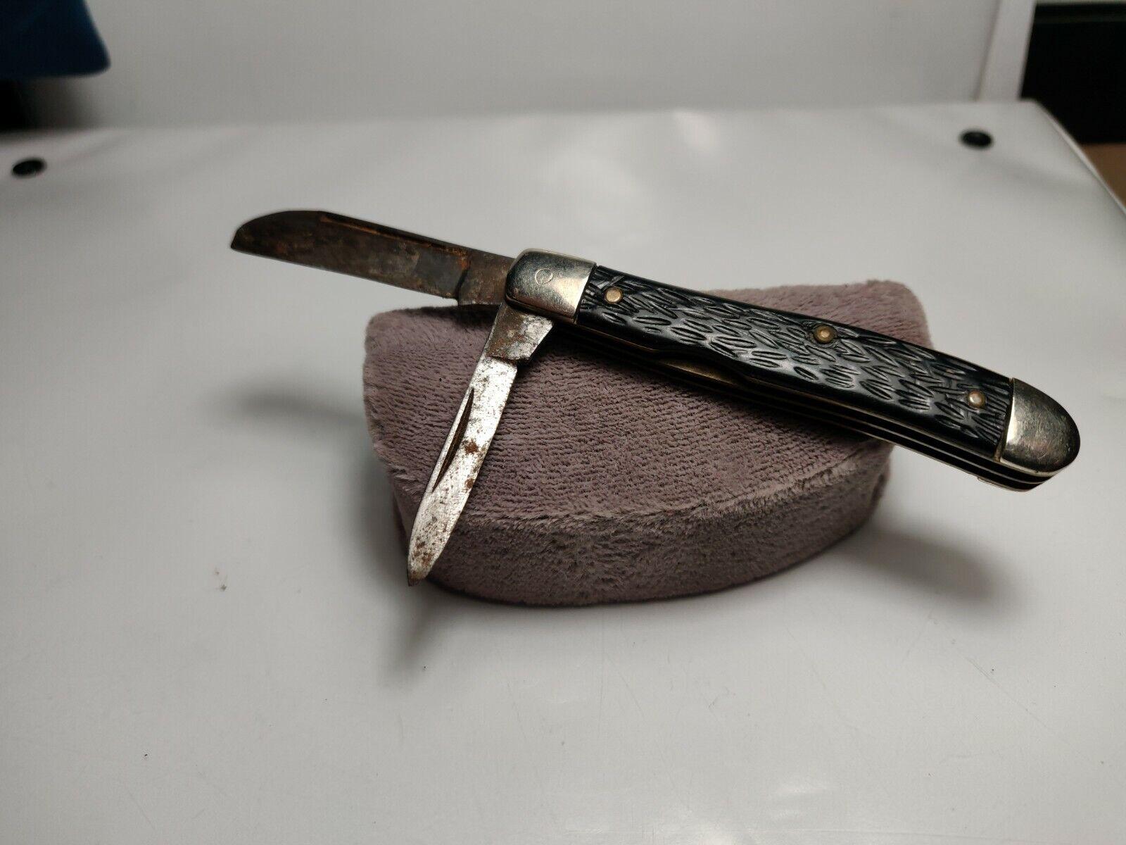 Vintage 2 blade Pocket Knife Ulster Knife Co. (CosKni303)
