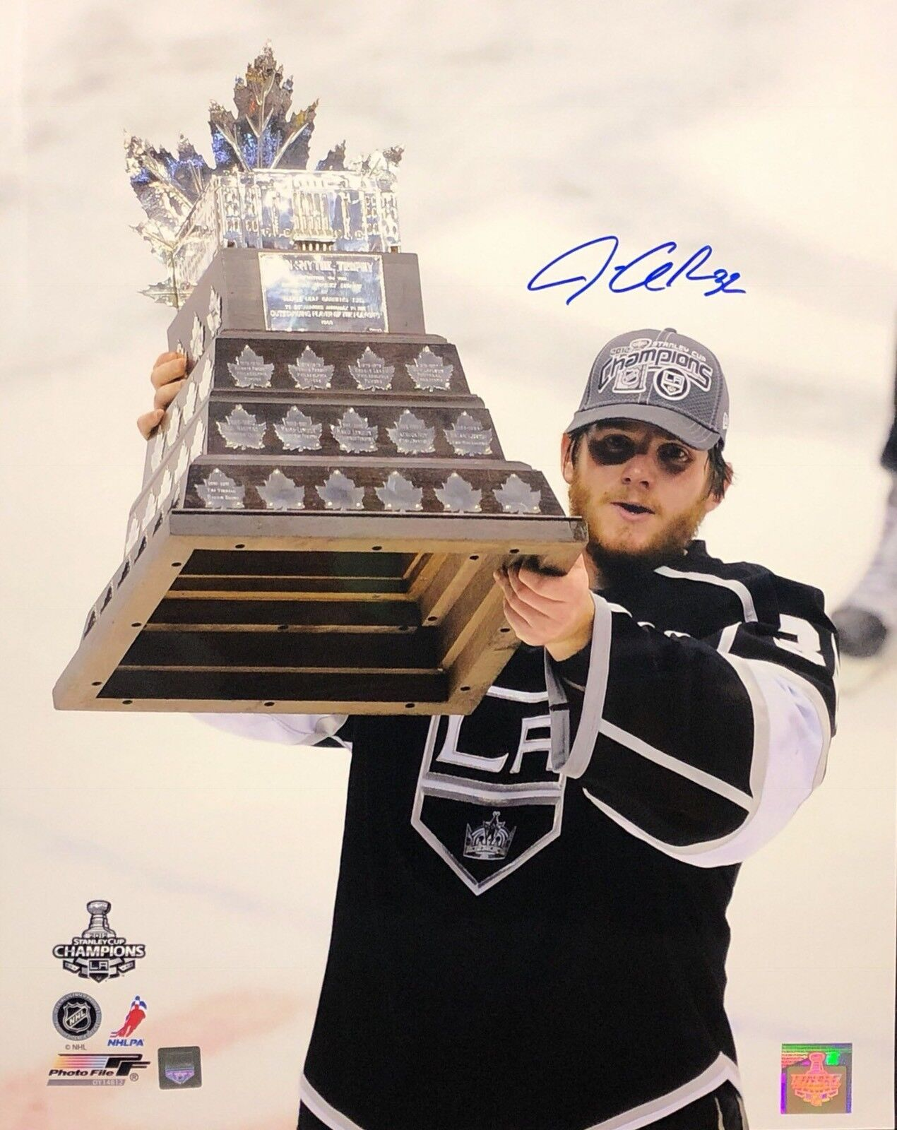 Jonathan Quick Signed LA Kings Stanley Cup 16x20 Photo J. Quick COA
