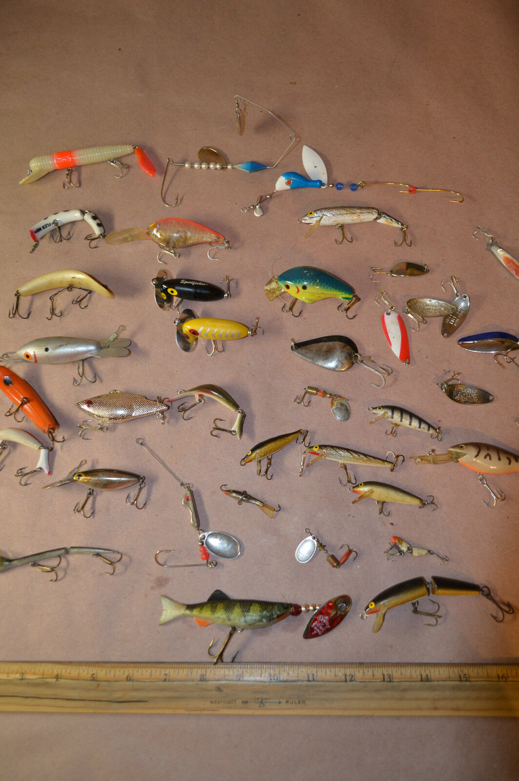 Lot of 36 Vintage Fishing Lures-Heddon Rapala Reeper Manns Flex Ike