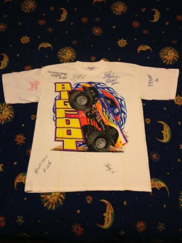 Vintage Bigfoot Monster Truck t shirt Ford Super D