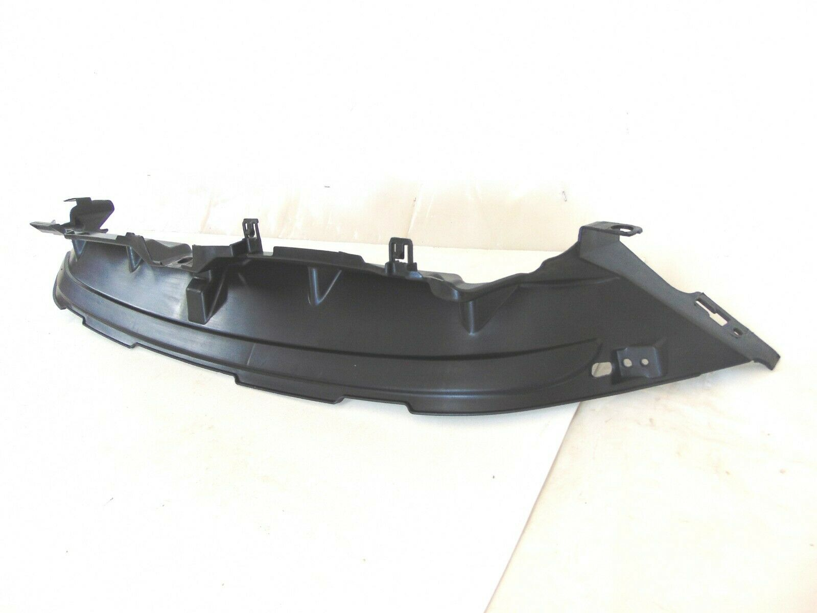 FORD OEM Fiesta Radiator Core Support-Upper Shield Cover Panel D2BZ58001A04A