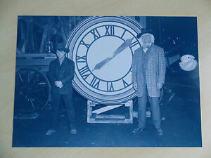 Back-To-The-Future-3-RARE-Prop-1885-Clock-Photo-Doc-amp-Marty-FREE-UK-POSTAGE